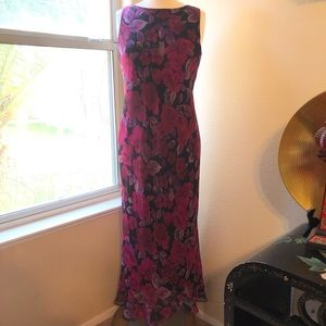 Jessica Howard long purple pink black floral dress
